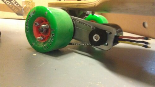 Diy electric skateboard motor and pulleys how to make an for Small electric motor pulleys